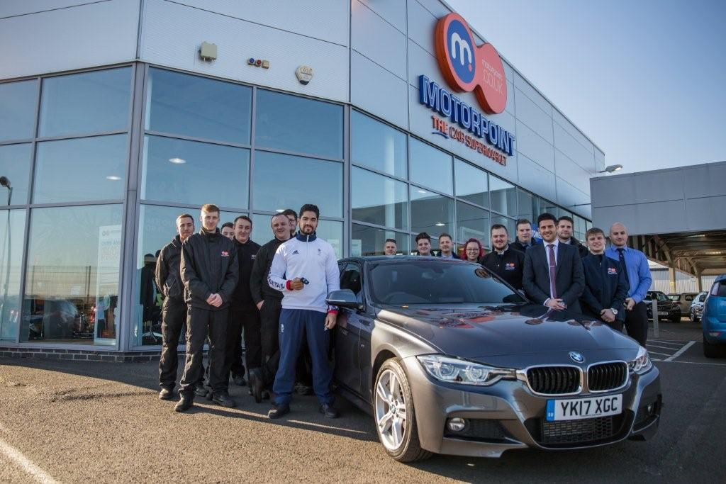 Louis Smith collects the keys for his BMW 3 Series from Motorpoint Peterborough's Tom Stanton (1)